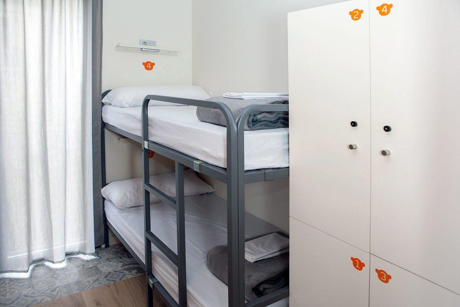4 bed mixed dormitory